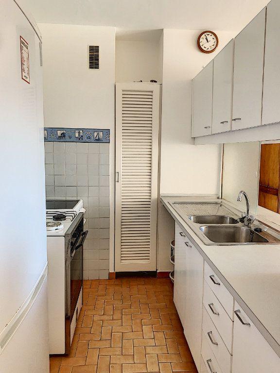 Appartement à vendre 2 47m2 à Fréjus vignette-5