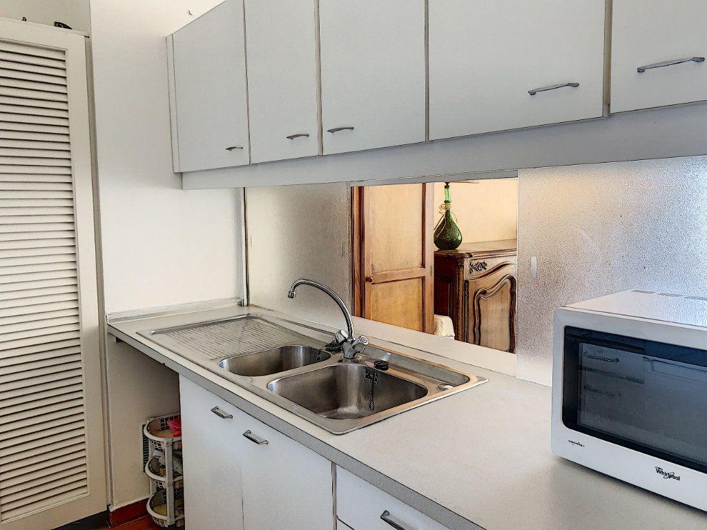 Appartement à vendre 2 47m2 à Fréjus vignette-6