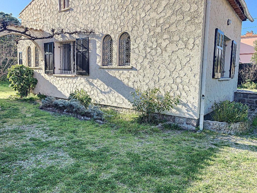 Maison à vendre 4 88m2 à Fréjus vignette-13
