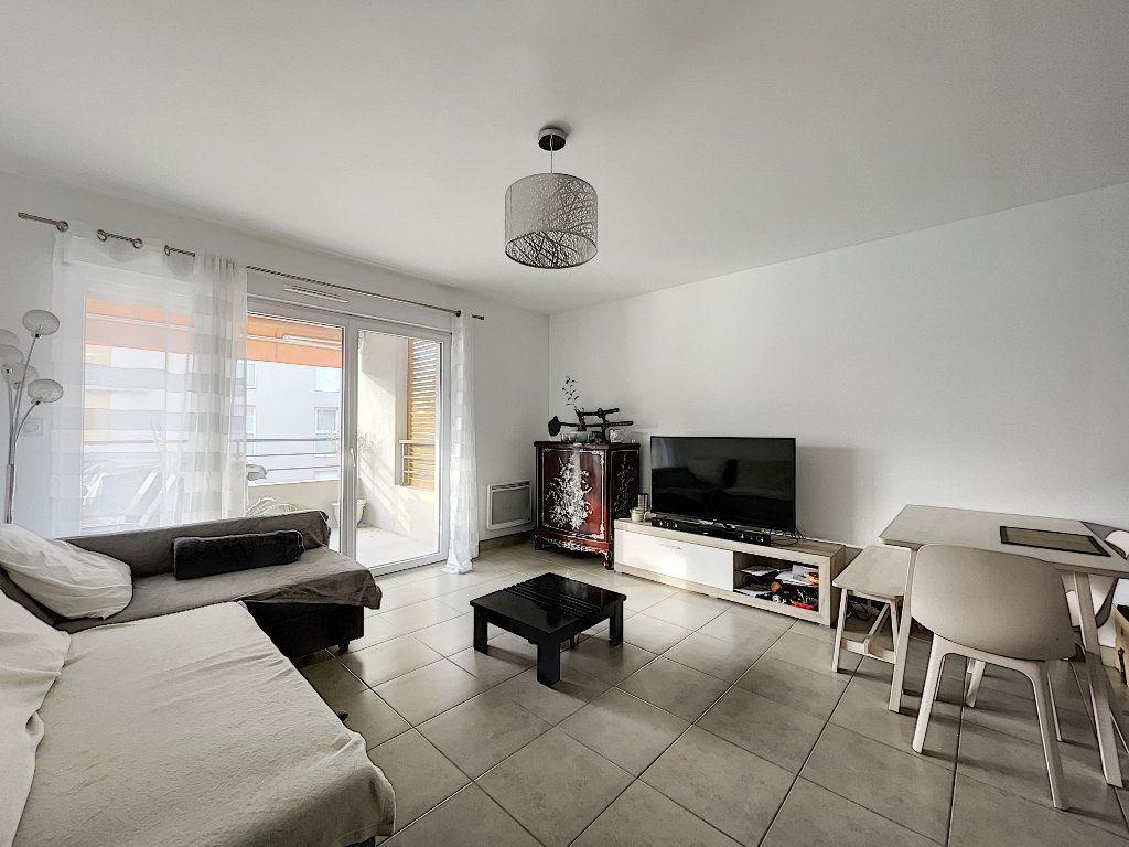 Appartement à vendre 2 48.96m2 à Fréjus vignette-3