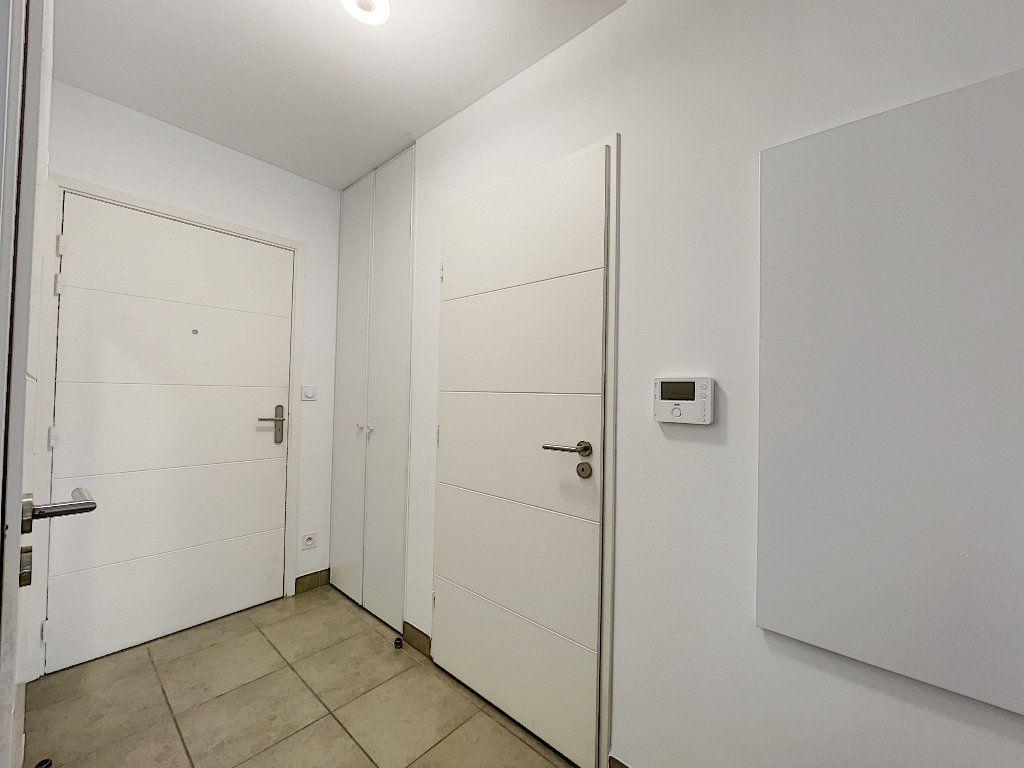 Appartement à vendre 2 48.96m2 à Fréjus vignette-4