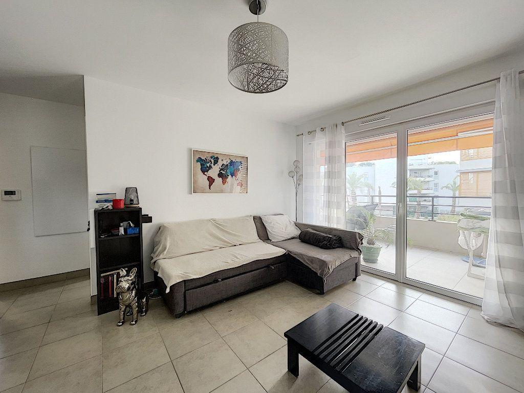 Appartement à vendre 2 48.96m2 à Fréjus vignette-6