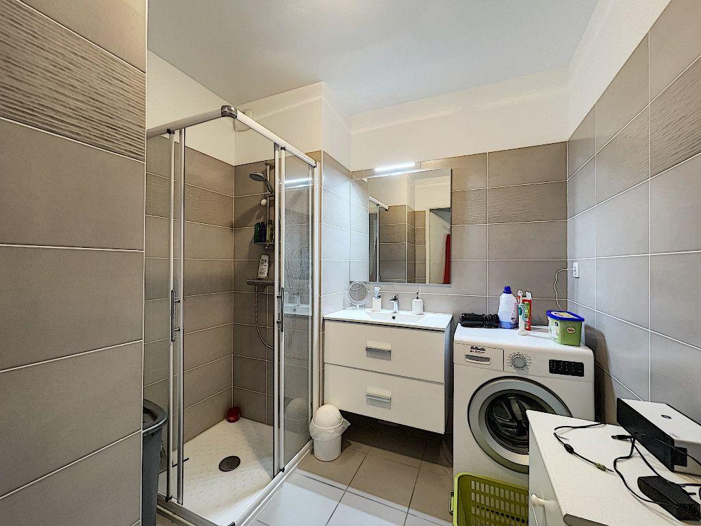 Appartement à vendre 2 48.96m2 à Fréjus vignette-8