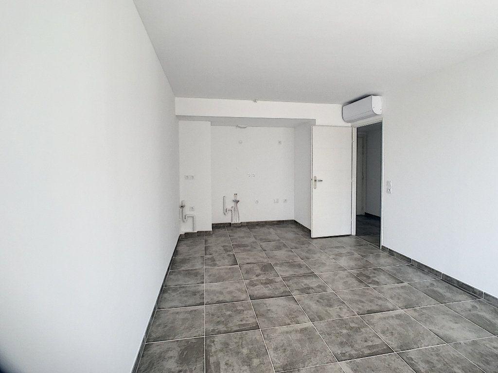 Appartement à vendre 2 40.39m2 à Puget-sur-Argens vignette-4