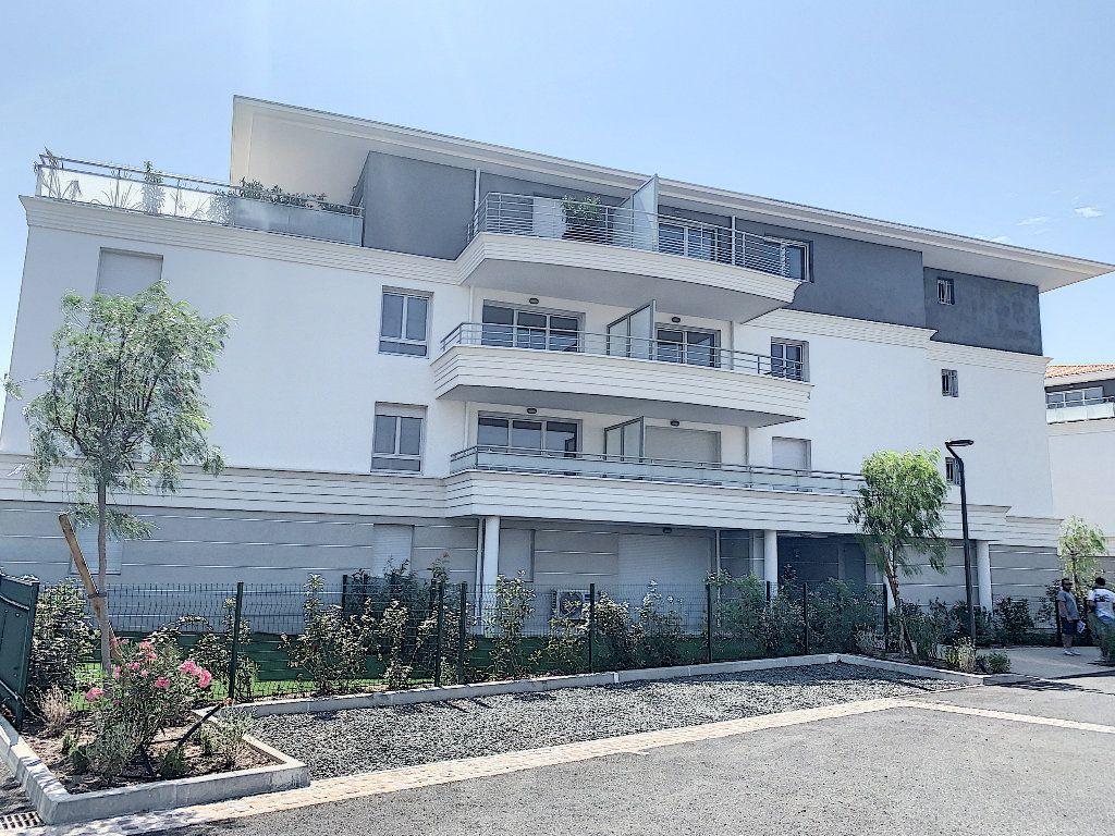 Appartement à vendre 2 40.39m2 à Puget-sur-Argens vignette-5