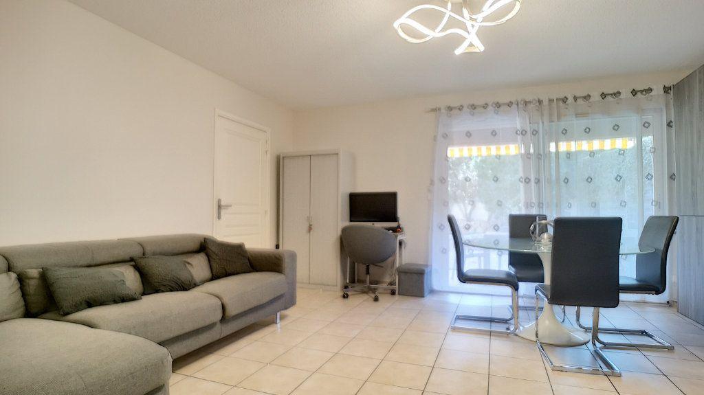 Maison à vendre 4 105.78m2 à Saint-Raphaël vignette-2