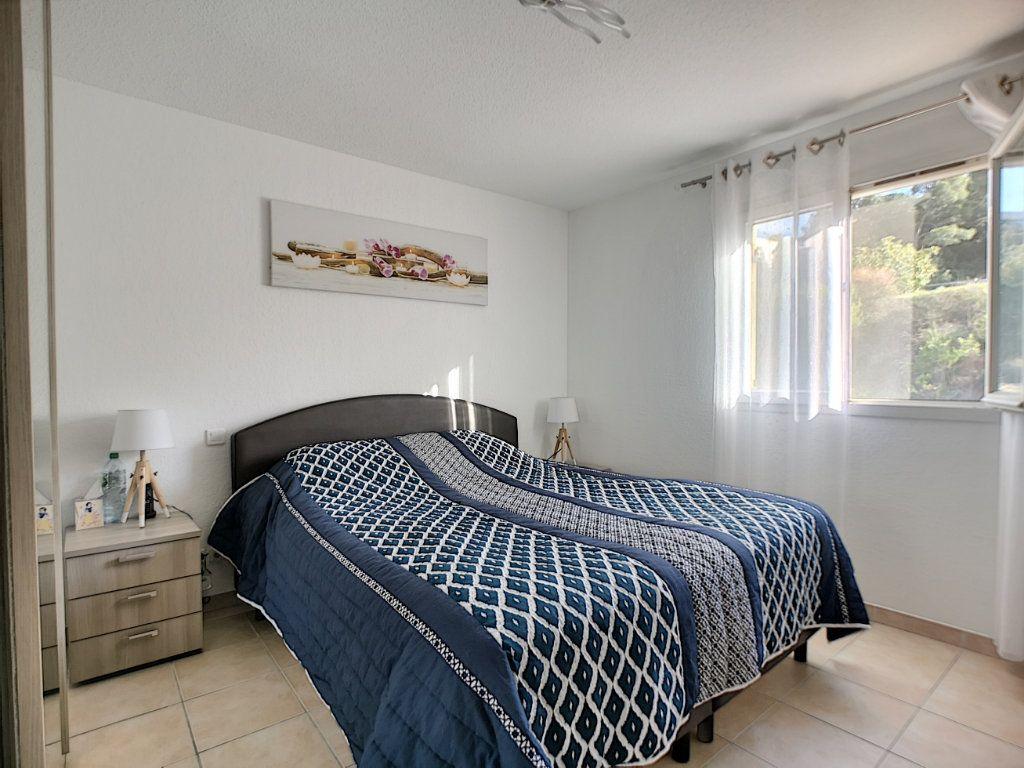 Maison à vendre 4 105.78m2 à Saint-Raphaël vignette-6