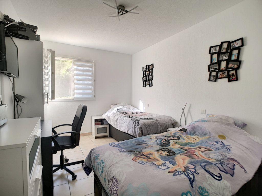 Maison à vendre 4 105.78m2 à Saint-Raphaël vignette-8