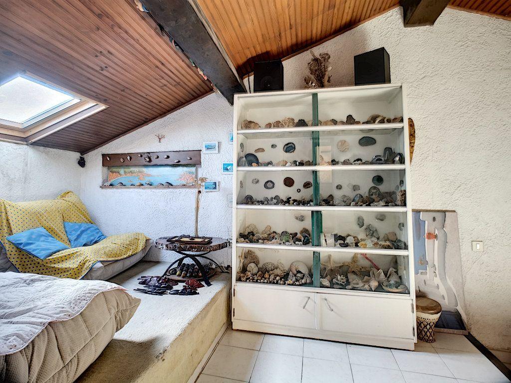 Appartement à vendre 2 35.64m2 à Fréjus vignette-4
