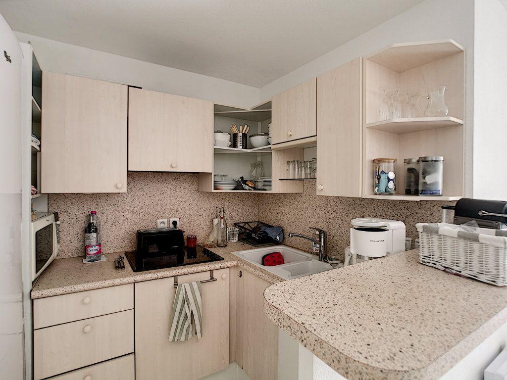 Appartement à vendre 2 45.03m2 à Saint-Raphaël vignette-6