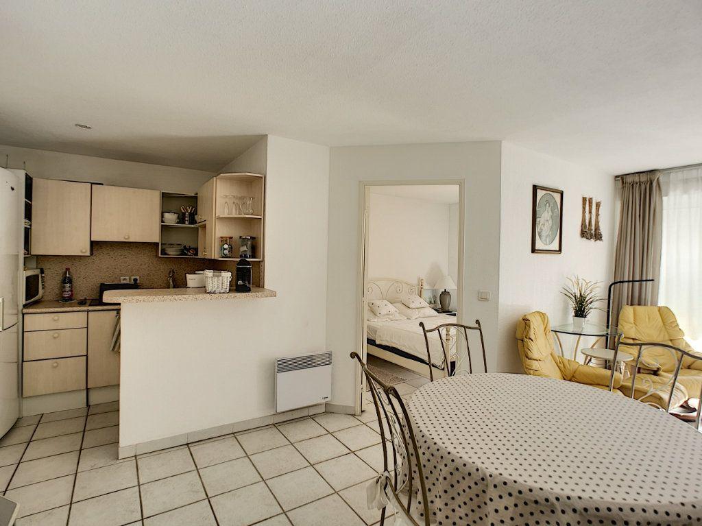 Appartement à vendre 2 45.03m2 à Saint-Raphaël vignette-7