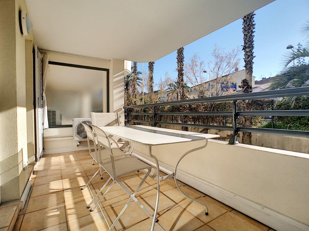 Appartement à vendre 2 45.03m2 à Saint-Raphaël vignette-13