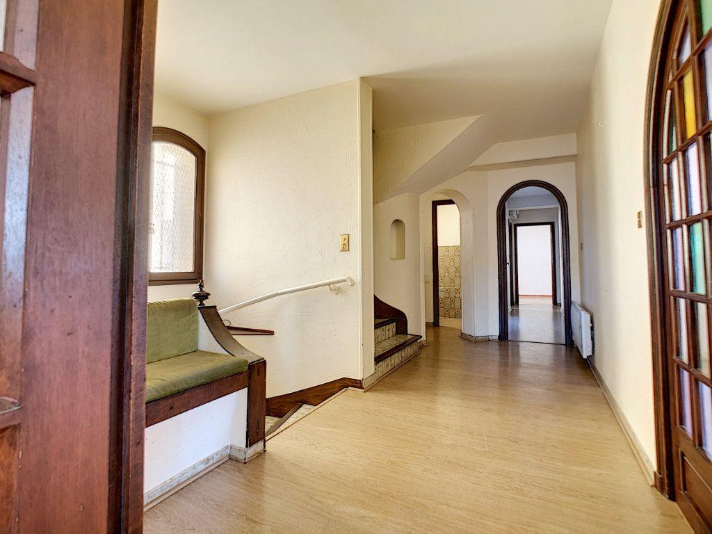 Appartement à vendre 5 222m2 à Fréjus vignette-8
