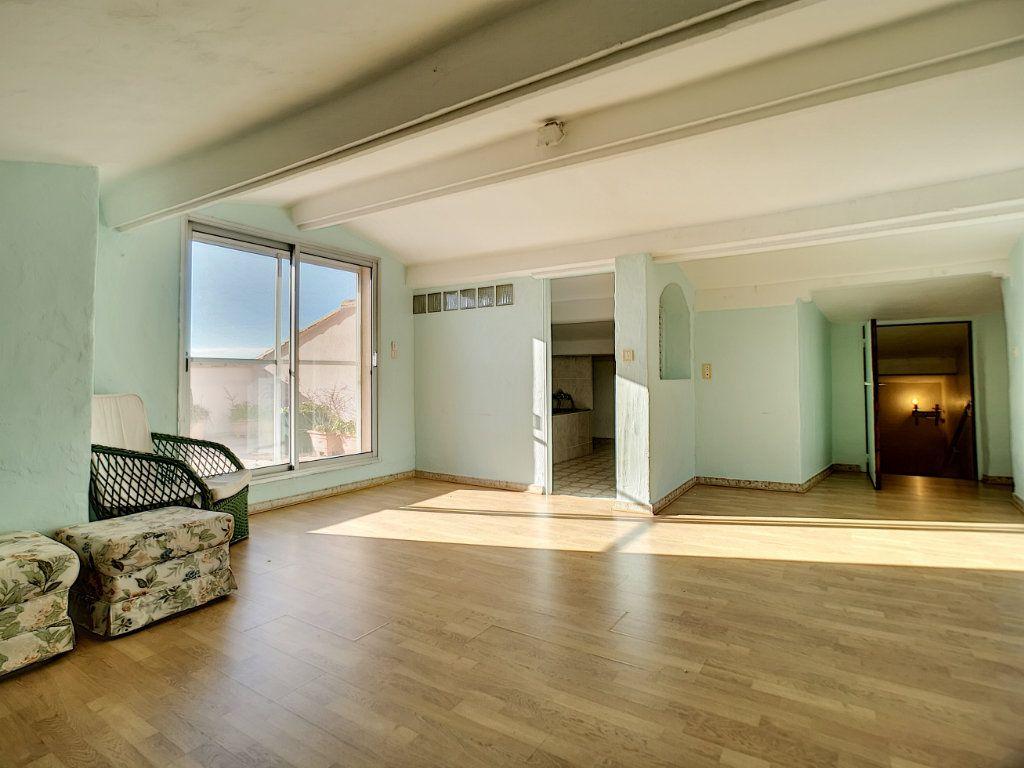 Appartement à vendre 5 222m2 à Fréjus vignette-14