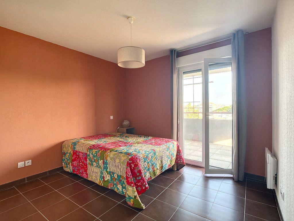 Appartement à vendre 2 41m2 à Fréjus vignette-5
