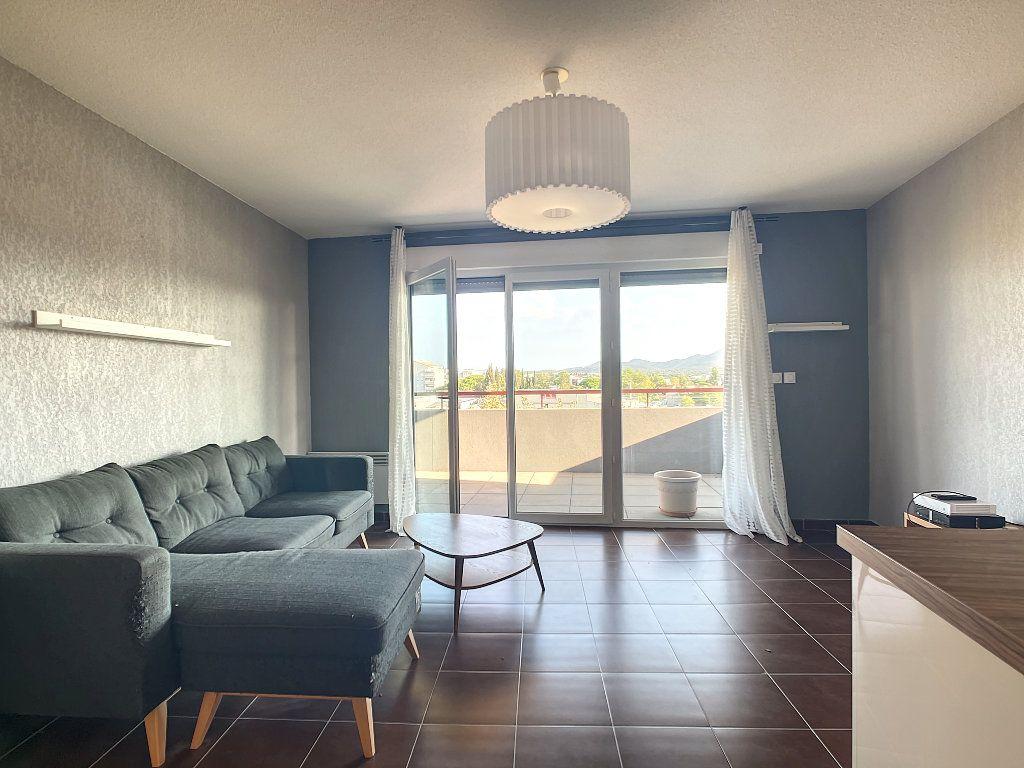 Appartement à vendre 2 41m2 à Fréjus vignette-6
