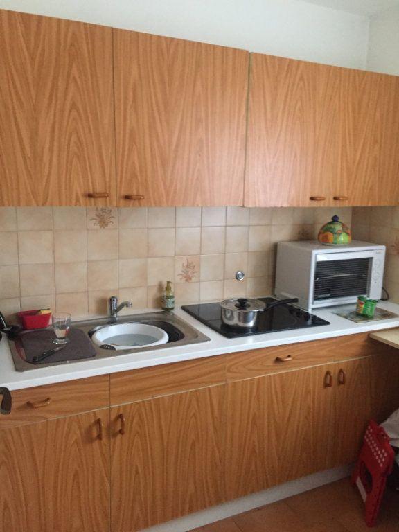 Appartement à louer 1 32m2 à Cagnes-sur-Mer vignette-4