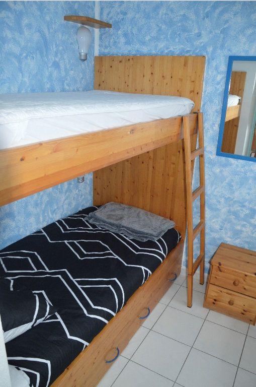 Appartement à vendre 2 31.79m2 à Cagnes-sur-Mer vignette-6