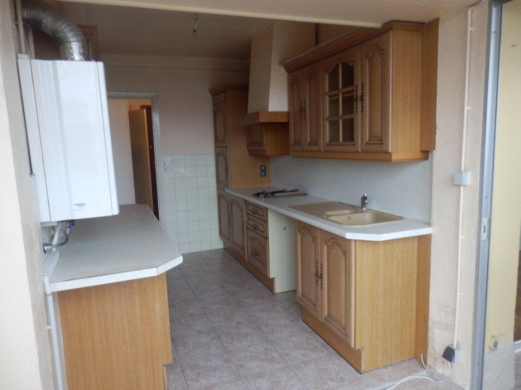 Appartement à louer 2 51m2 à Cagnes-sur-Mer vignette-3