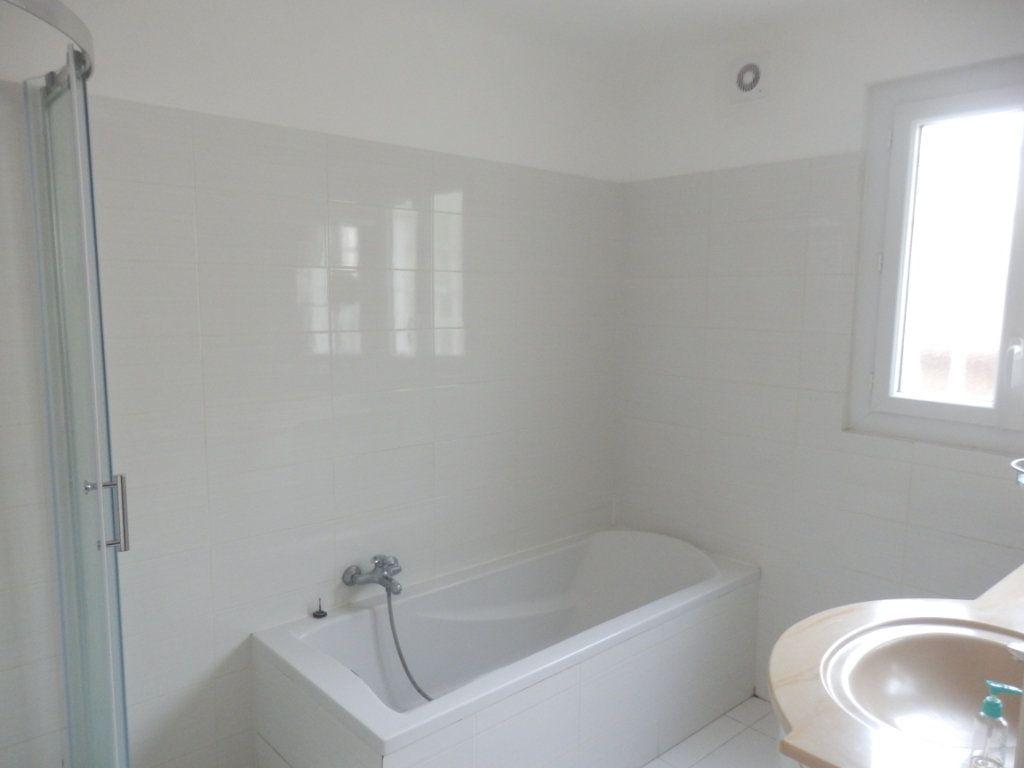 Appartement à vendre 4 87m2 à Cagnes-sur-Mer vignette-4