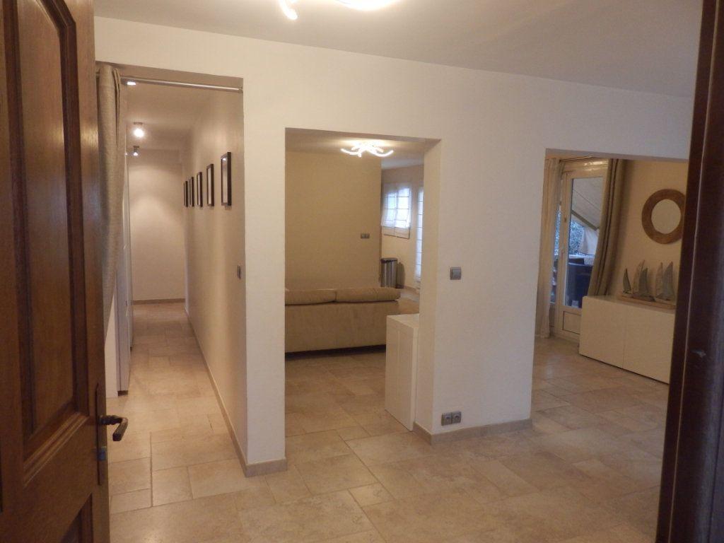 Appartement à vendre 4 95m2 à Cagnes-sur-Mer vignette-4