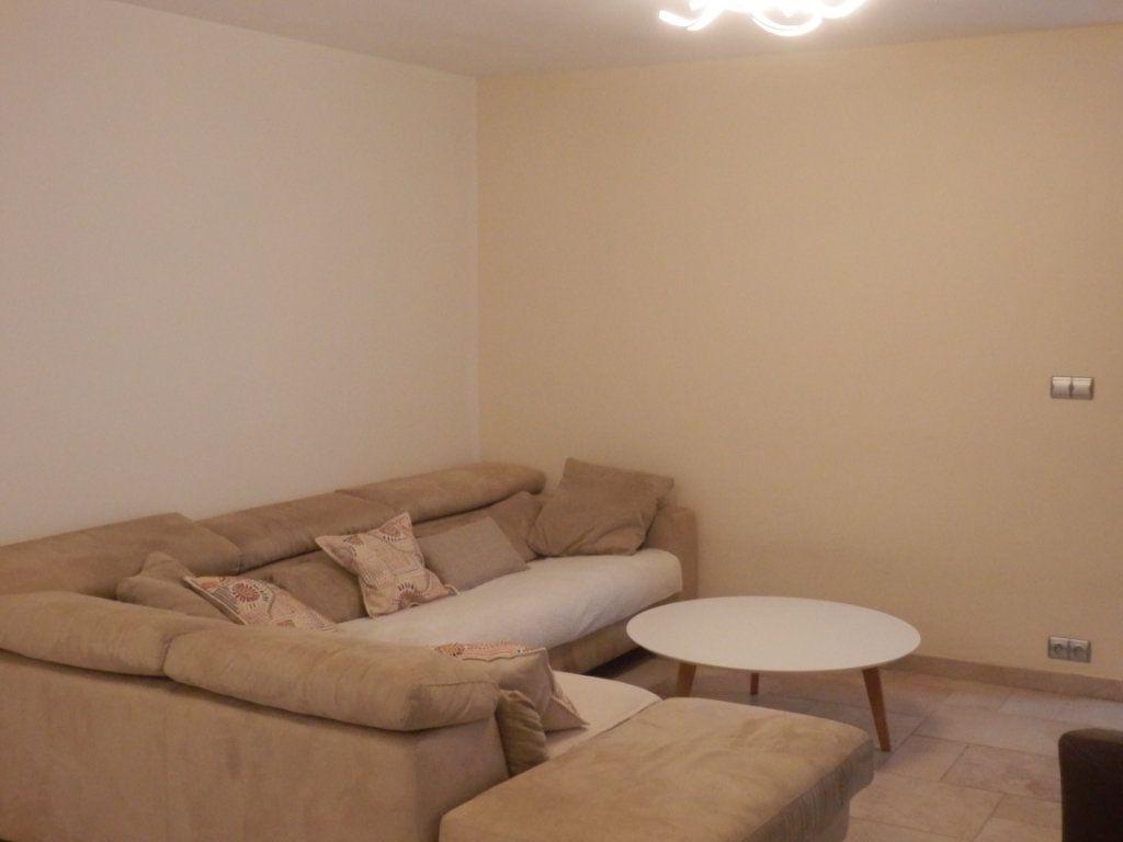 Appartement à vendre 4 95m2 à Cagnes-sur-Mer vignette-6