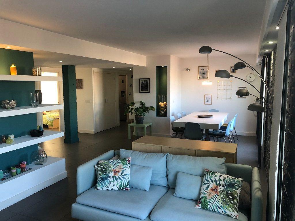 Appartement à vendre 4 90.04m2 à Cagnes-sur-Mer vignette-1