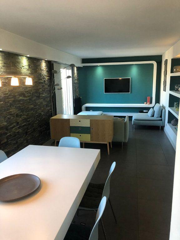 Appartement à vendre 4 90.04m2 à Cagnes-sur-Mer vignette-3