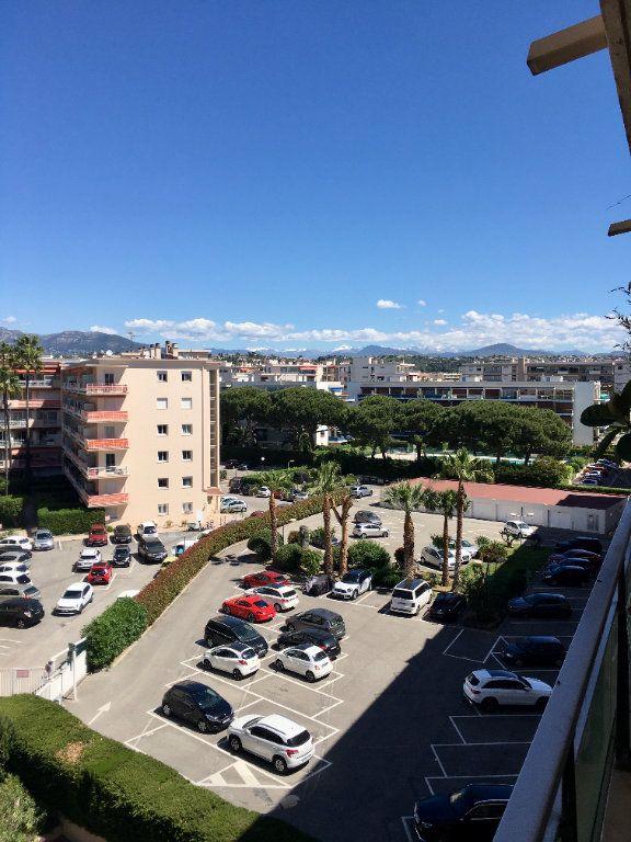 Appartement à vendre 1 24m2 à Cagnes-sur-Mer vignette-6