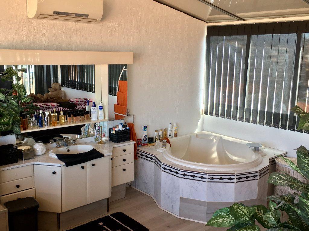 Appartement à vendre 4 143m2 à Cagnes-sur-Mer vignette-12