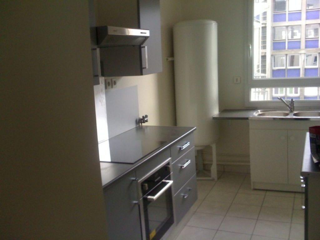 Appartement à louer 3 62.68m2 à Le Havre vignette-3