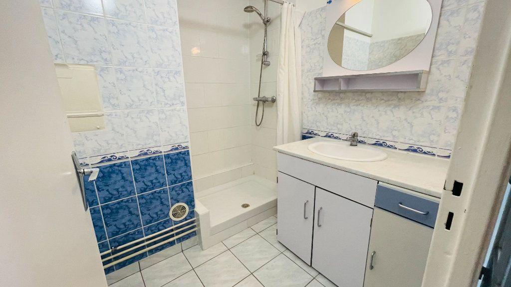 Appartement à louer 1 33.3m2 à Le Havre vignette-14