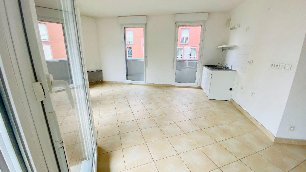 Appartement à louer 2 52.7m2 à Le Havre vignette-1