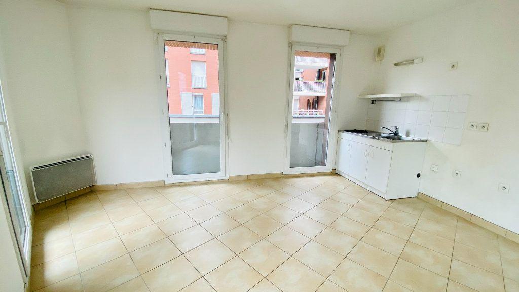 Appartement à louer 2 52.7m2 à Le Havre vignette-2