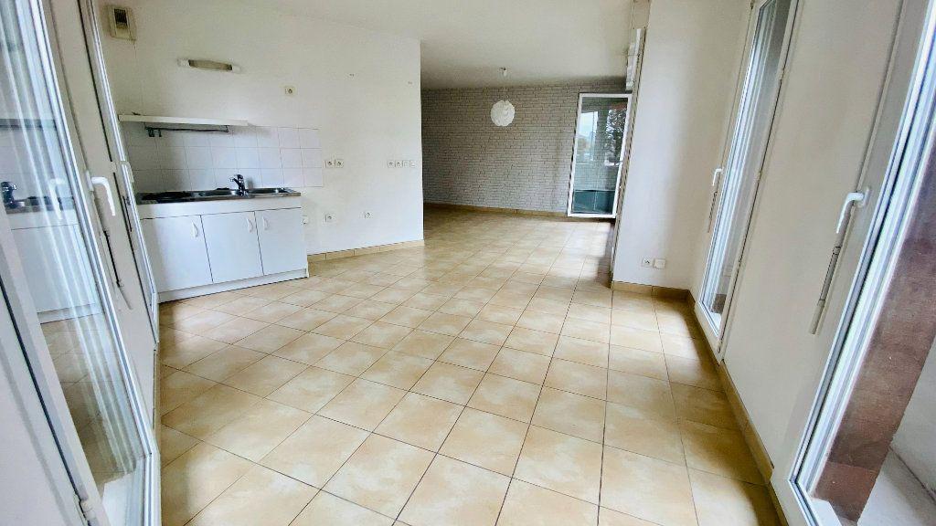 Appartement à louer 2 52.7m2 à Le Havre vignette-3