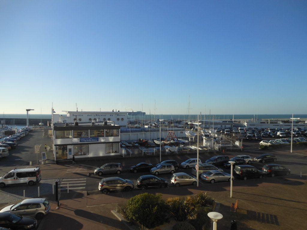 Appartement à louer 3 55.8m2 à Le Havre vignette-2