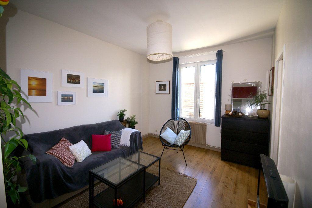 Appartement à louer 2 50m2 à Le Havre vignette-4