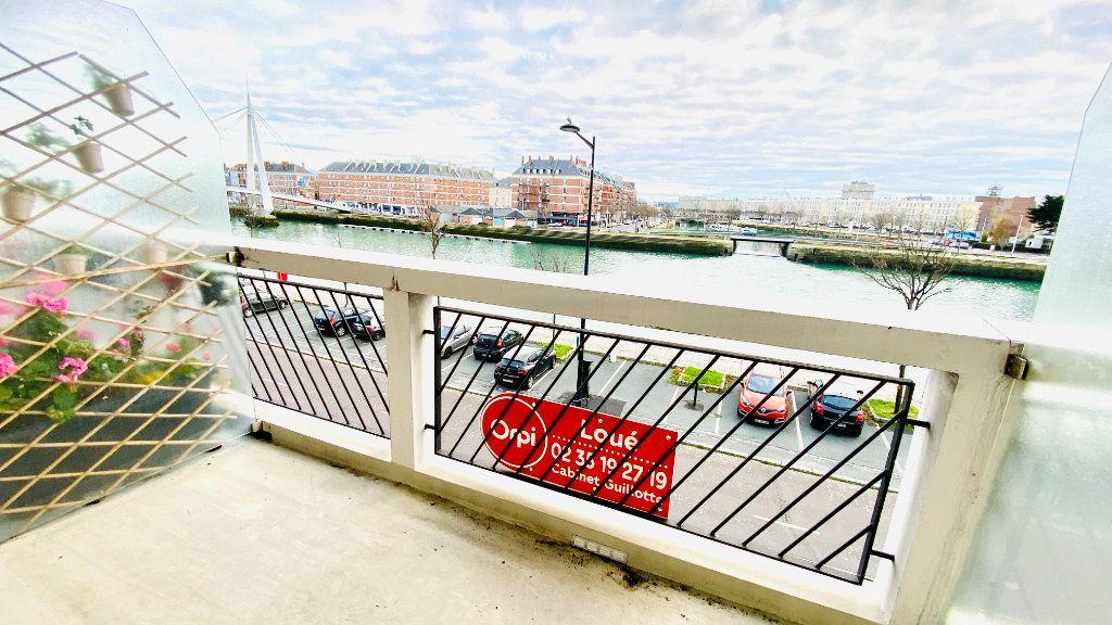 Appartement à louer 2 43.78m2 à Le Havre vignette-1