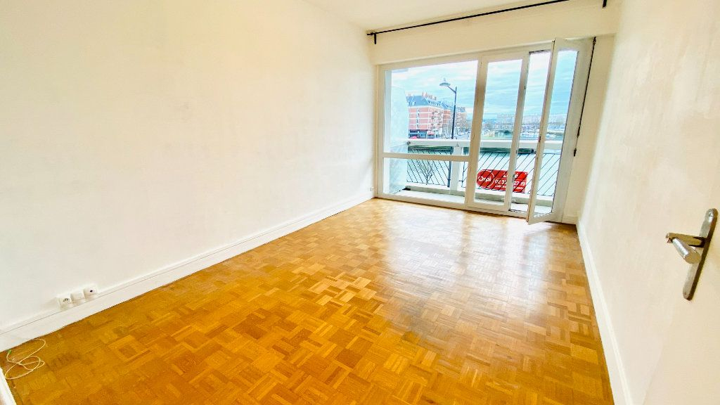 Appartement à louer 2 43.78m2 à Le Havre vignette-2