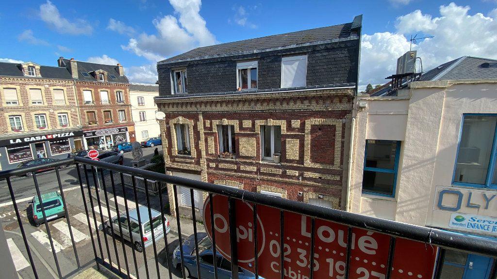 Appartement à louer 3 57.87m2 à Montivilliers vignette-5