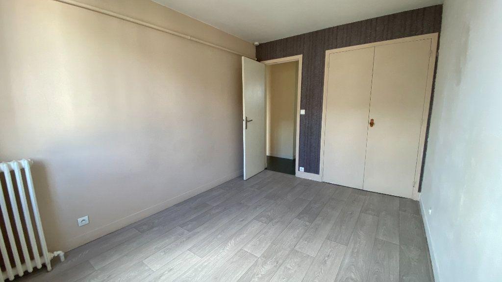 Appartement à louer 3 57.87m2 à Montivilliers vignette-6