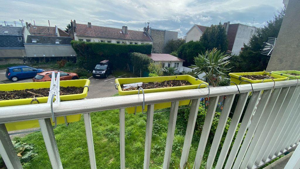 Appartement à louer 2 62.06m2 à Le Havre vignette-1