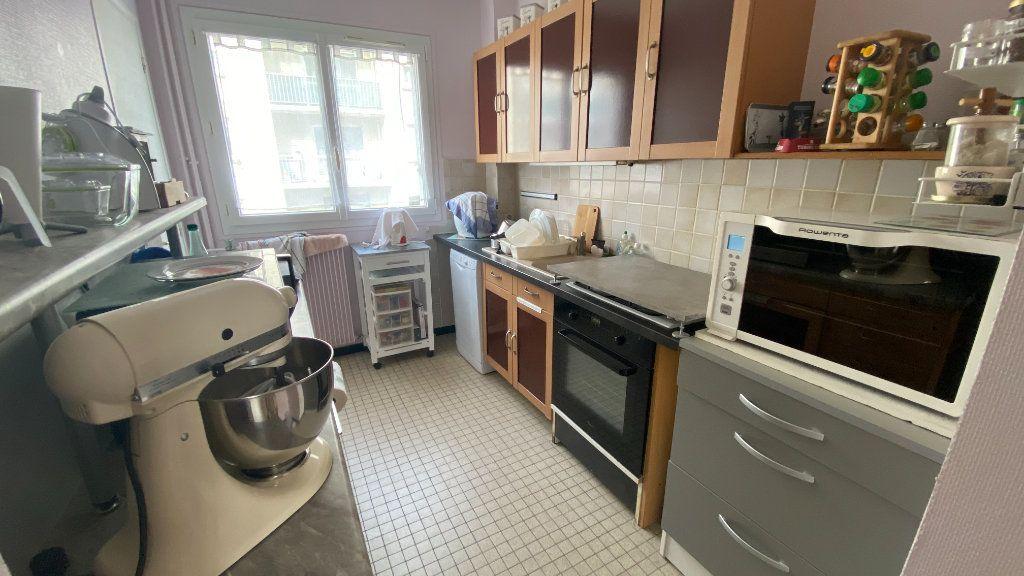 Appartement à louer 2 62.06m2 à Le Havre vignette-3
