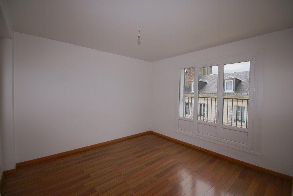Appartement à louer 3 46.25m2 à Le Havre vignette-5