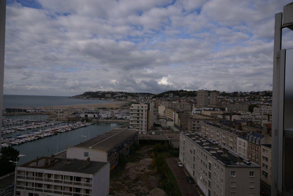 Appartement à louer 1 21.49m2 à Le Havre vignette-1
