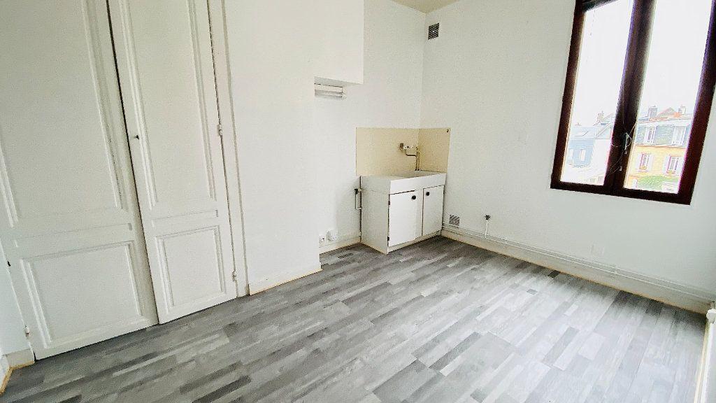 Appartement à louer 1 27.79m2 à Le Havre vignette-3