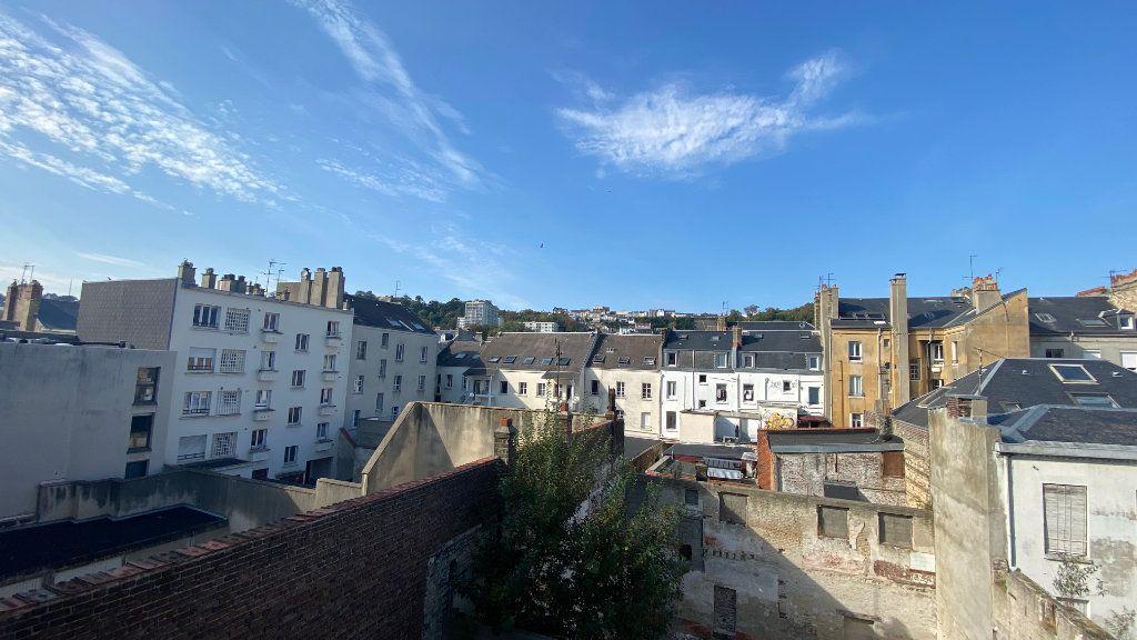 Appartement à louer 3 54.35m2 à Le Havre vignette-1
