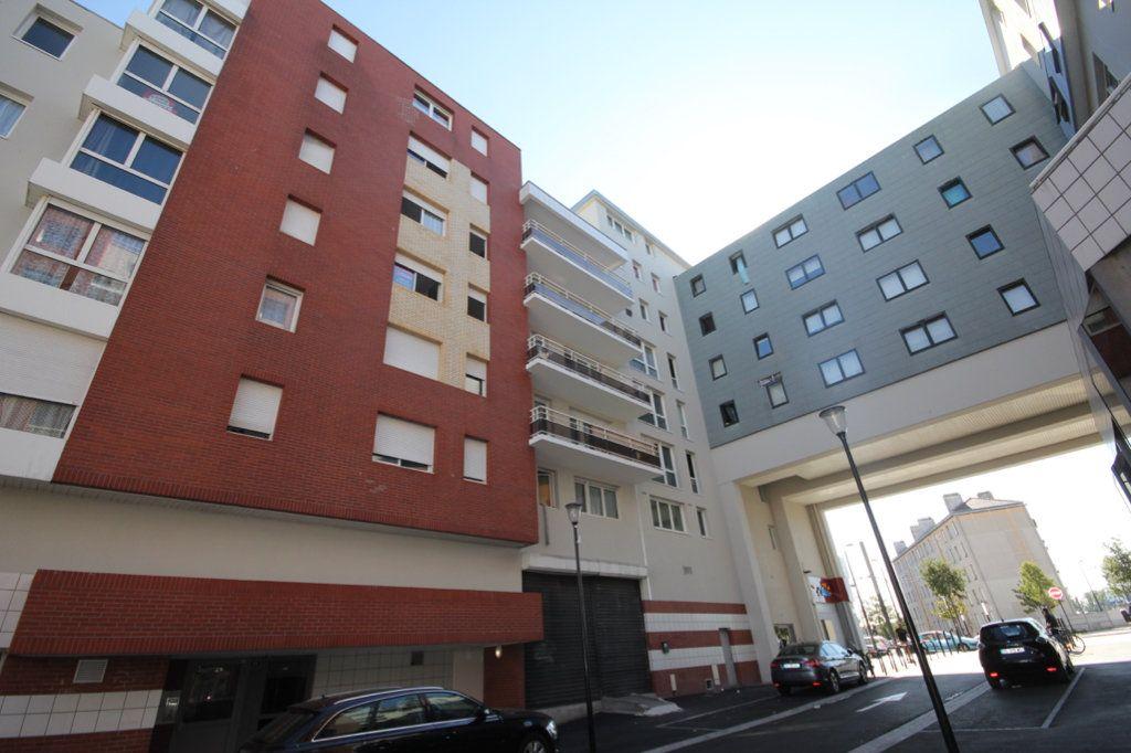 Appartement à louer 2 31.56m2 à Le Havre vignette-4