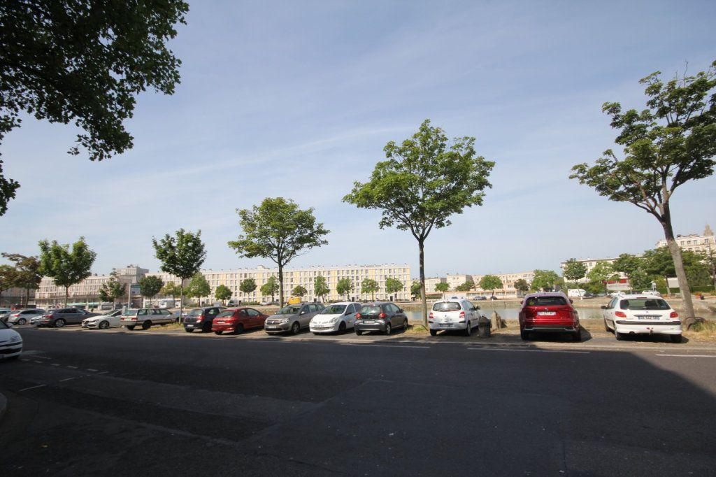 Appartement à louer 2 49.2m2 à Le Havre vignette-1