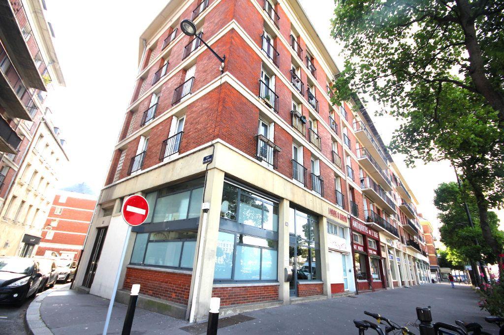 Appartement à louer 2 49.2m2 à Le Havre vignette-2